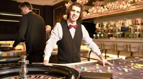 Eerste-casino-bezoek-croupiers